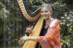 Harfenlehrerin Uta Deilmann